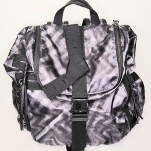 Lululemon Athletica RARE  best practice backpack